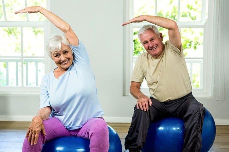 elderly-flexibility-featured